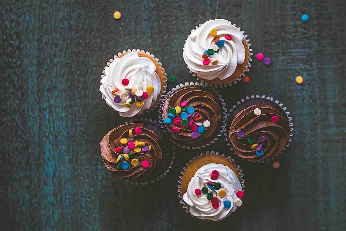 Amazing Milk Chocolate Cupcakes with Buttercream